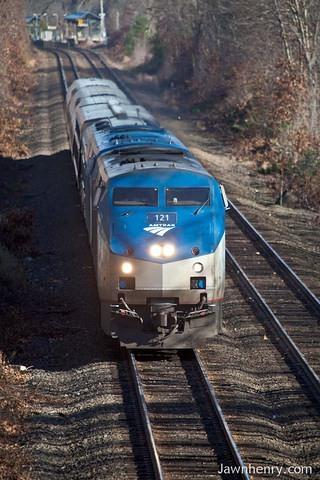 Amtrak 121
